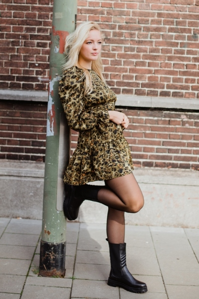 Mini dress with long puff sleeves army