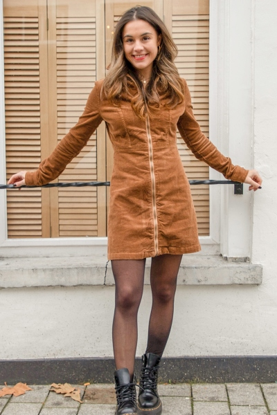 Rib zipper dress cognac
