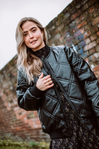 NMBENNY L/S QUILTED BOMBER JACKET zwart