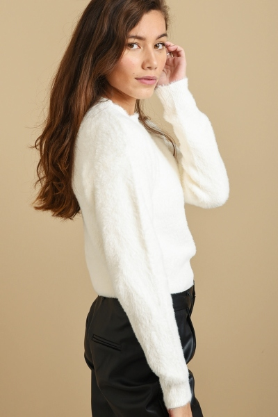 Fluffy sweater wit