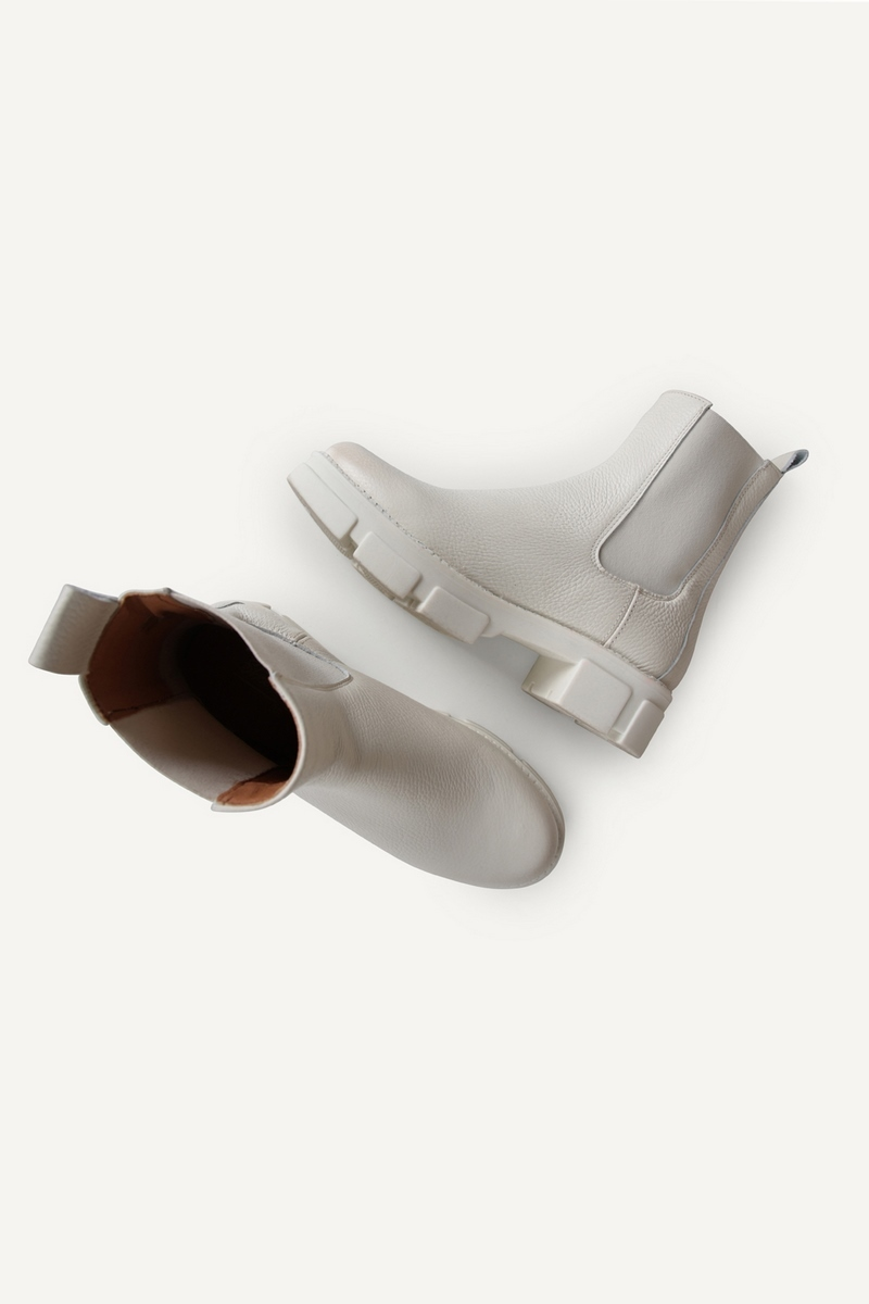 Shoecolate chelsea boots Offwhite 8.11.08.603